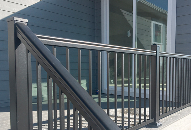 Harmony Railing_0002_Picket Panel System